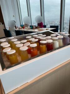 大阪マリオット都ホテル 朝食 ジュース
